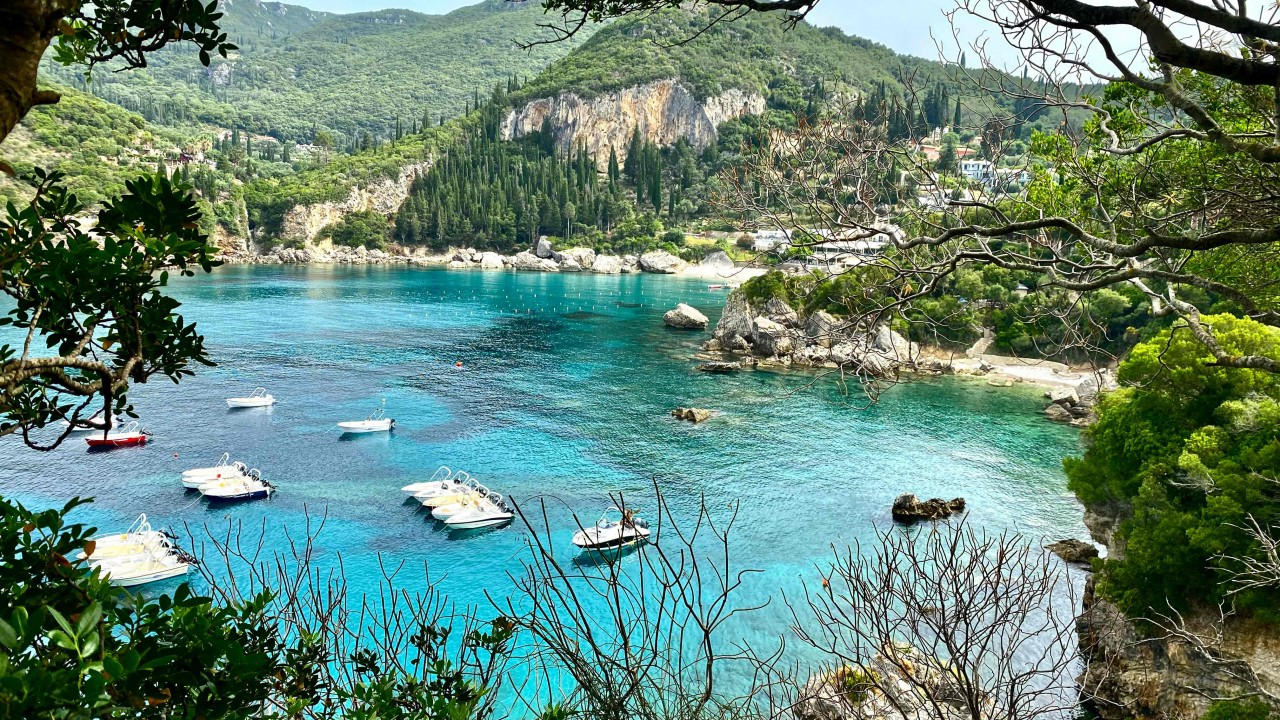 Korfu - Paleokastritsa: rejs po błękitnych zatokach